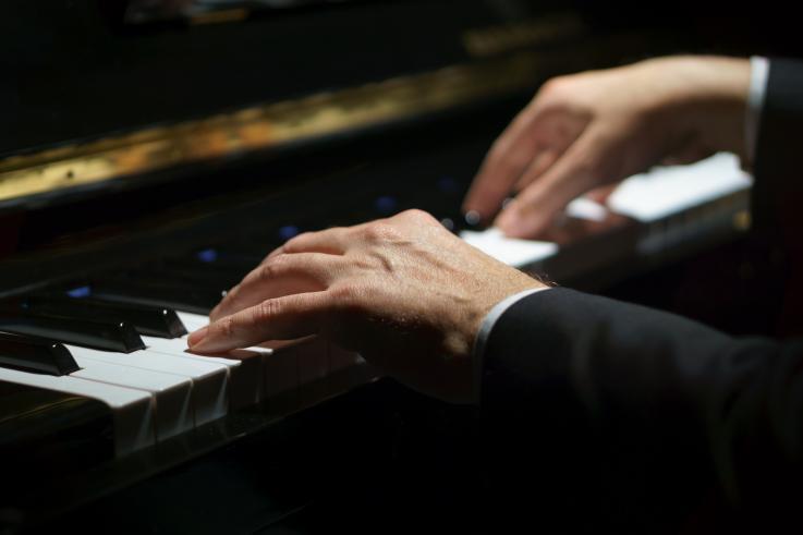 完美音调:为什么有些人拥有巴赫和莫扎特所拥有的罕见的音乐技巧-有意思吧