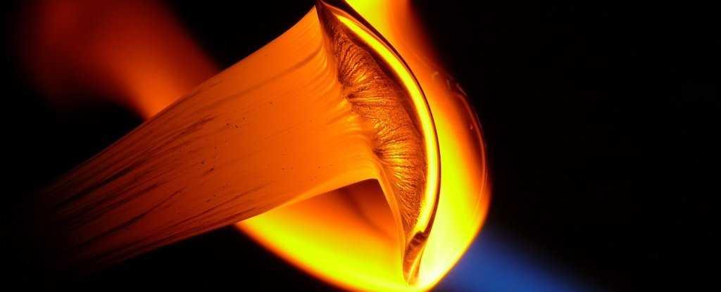 熔融玻璃实验让科学家们大吃一惊-有意思吧