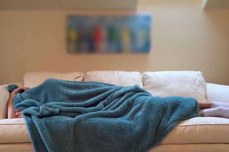 """""""睡眠作家""""创作的睡前故事能让成年人入睡-有意思吧"""