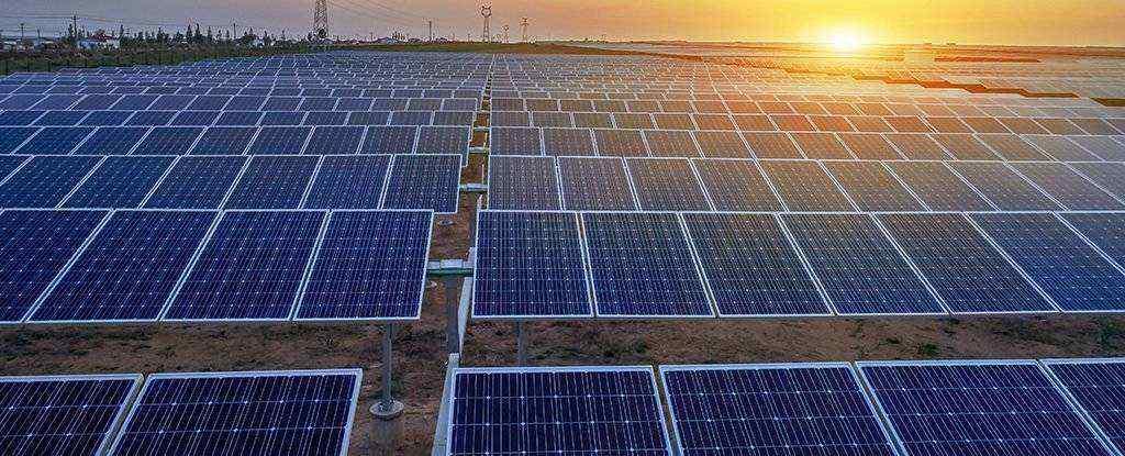 经过40年的研究,科学家发现了太阳能电池板效率的关键缺陷-有意思吧